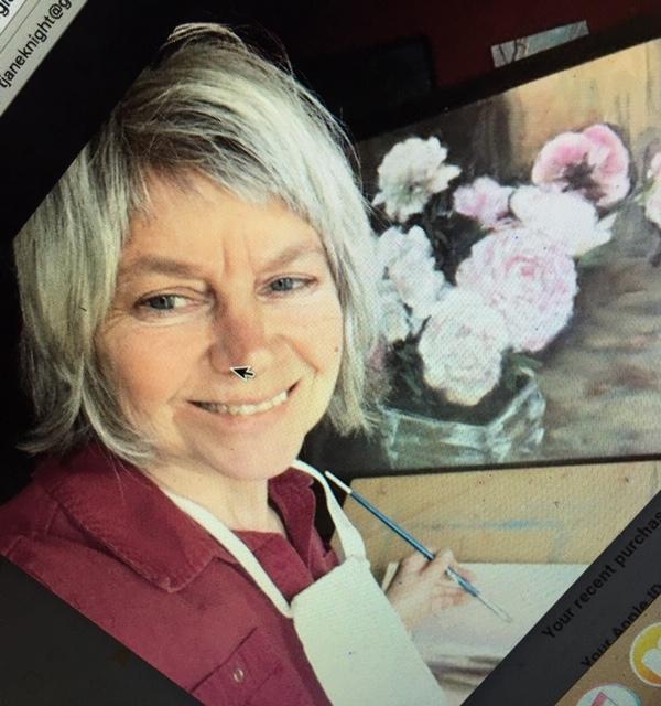 Teresa Knight headshot